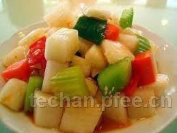 2011年四川泡菜做成助农增收大产业
